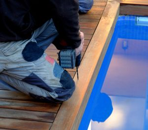 5 Reasons to Leave Pool Equipment Repair to the Professionals