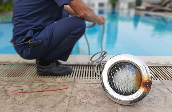 Swimming Pool Lights Repair